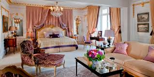 Royal Suite, Hotel Plaza Athenee (Source: Dorchester Collection)